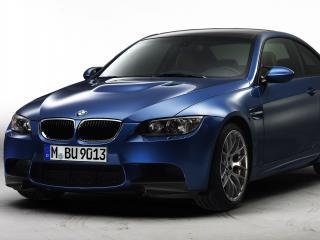 обои Новый BMW 2011 года (M3 Coupe) вид спереди фото