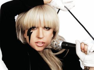 обои Lady gaga,  Леди Гага с микрофоном фото