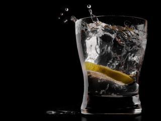 обои Лимонный напиток со льдом фото