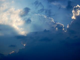обои Небо солнечный свет облака фото