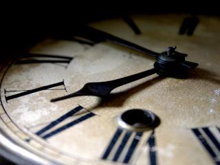 обои Старинные часы еще идут фото