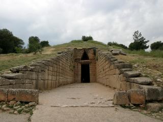 обои Вход в древнюю гробницу фото