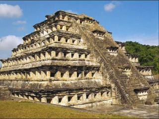 обои Культовая пирамида племени майя фото