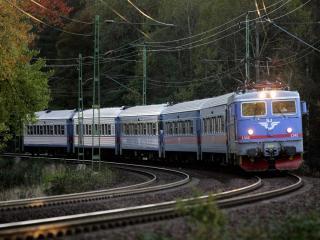 обои Поезд InterCity Express фото