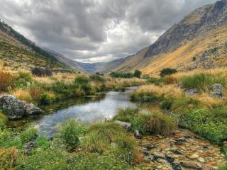 обои Красивая лагуна в горах фото