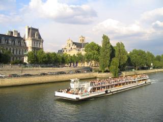 обои Поездка по реке Сене. Париж. Франция фото