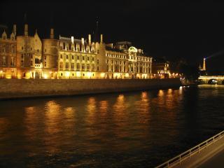 обои Река Сена ночью. Париж. Франция фото