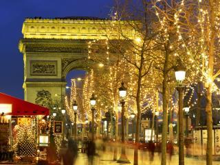 обои Рождество в Париже. Близ Триумфальной арки фото
