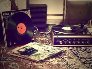 обои Музыкальные пластинки и хиты прошлых лет фото