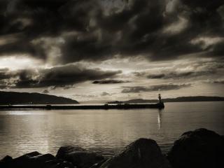 обои Одинокий маяк на берегу фото