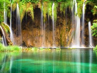обои Небольшие водопады в святую чашу фото