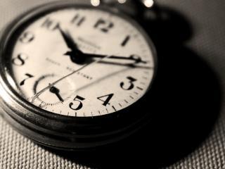 обои Старые карманные часы фото