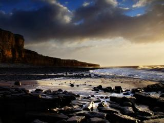 обои Каменистый берег моря фото