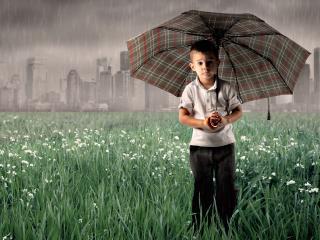 обои Мальчик с зонтом фото