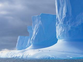 обои Огромные ледяные глыбы фото
