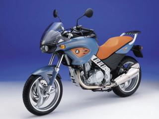 обои Двуцветный спортивный мотоцикл БМВ фото