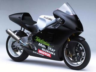 обои Мотоцикл Сузуки с черным обвесом фото