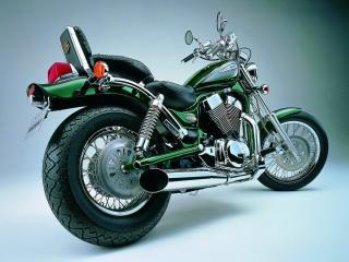 обои Мотоцикл Сузуки изумрудной расцветки фото