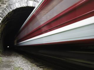 обои Поезд в туннель фото