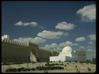 обои Ворота в древний азиатский город фото