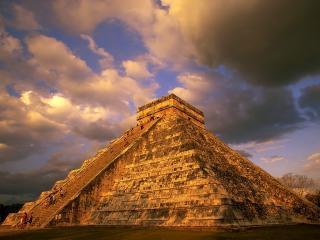 обои Восхождение на пирамиду, полуостров Юкатан фото