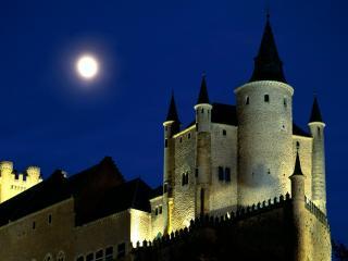 обои Луна над замком Алькасар фото