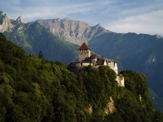 обои Замок Вадуц в княжестве Лихтенштейн фото