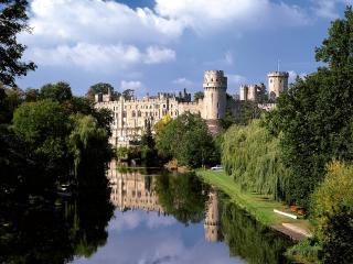 обои для рабочего стола: Уорикский замок в Англии