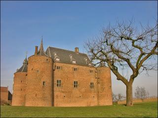 обои Замок Аммерсоен в Нидерландах фото