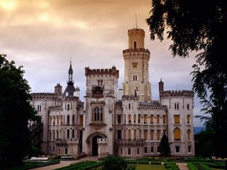 обои Замок Глубока-над-Влтавой в Чехии фото