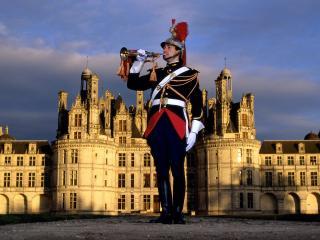 обои Глашатай замка Шамбор во Франции фото