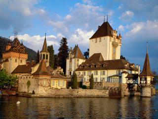 обои Замок Оберхофен,   озеро Тун,   Швейцария фото