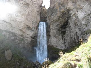 обои Горный красивый водопад фото