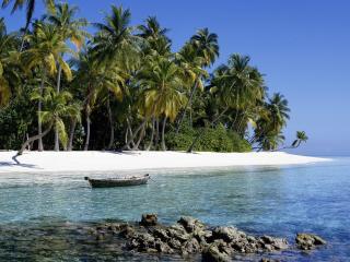 обои Лодка у острова фото
