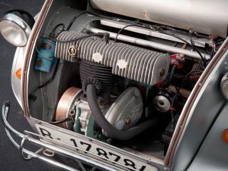 обои Biscuter 100 Runabout мотор фото