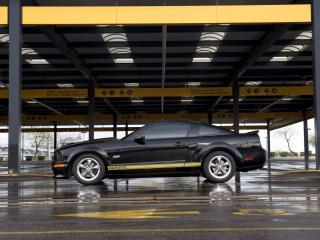 обои Shelby GT-H стоянка фото
