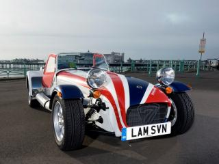 обои Caterham Seven Lambretta Special Edition спереди фото