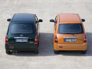 обои Daihatsu Trevis двое сзади фото
