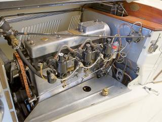 обои AC Six 16-80 Competition двигатель фото