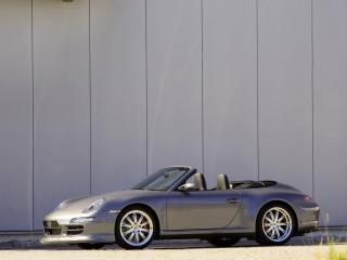 обои 9ff Porsche 911 Carrera Cabriolet (997) у стены фото
