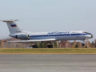 обои ТУ-134А в момент взлета фото