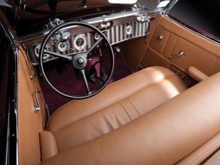 обои Auburn 852 SC Convertible Coupe салон фото