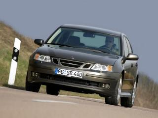 обои Saab 9-3 Sport Sedan Aero Performance by Hirsch на дороге фото