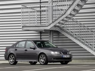 обои Saab 9-3 Sport Sedan Aero Performance by Hirsch у лестницы фото