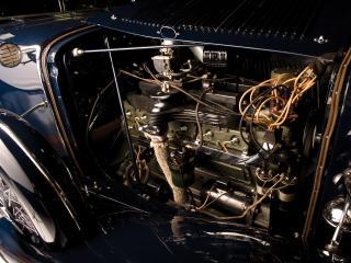 обои Auburn Twelve Convertible Sedan моторчик фото