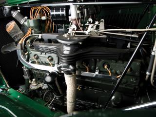 обои Auburn Twelve Phaeton Sedan (1250) 1934 мотор фото