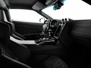 обои Zenvo ST1 салон сбоку фото
