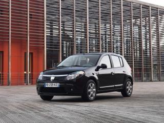 обои Dacia Sandero Black Line черный фото