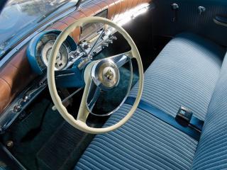 обои Kaiser Virginian Sedan руль фото