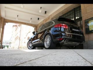 обои Cargraphic Porsche Cayenne II низ фото